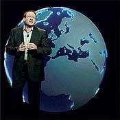 Bob Muglia, senior VP of Microsoft's server and tools business