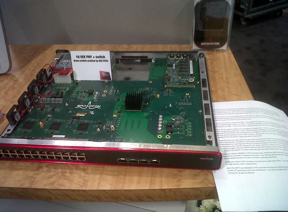 Brocade 10 Gbps Ethernet line card.jpg