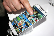 Samsung Galaxy S 4 Takes A Bow