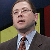 Sun president Jonathan Schwartz unveiled technology to lure back financial companies.