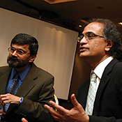 Anandan of Microsoft Research India (right, with professor Desai) wants to link Indian researchers with the outside tech world. -- Photo by Mahesh Bhat/Getty Images
