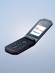 Nokia 7070 Prism offers personalized content, wallpapers, and MP3 ringtones, along with a voice recorder and integrated hands-free speaker.
