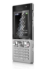 The T700 has a sleek form factor and features push e-mail, Bluetooth and a 3.2-megapixel camera.