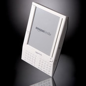 The device which is roughly the size of a slimmed-down paperback book, is capable of storing thousands of books, magazines, newspapers or any other electronic document.