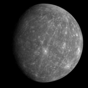 The images show a large pattern of rays beginning in the northern parts of Mercury and stretching south of the crater.