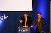 Al Gore and Google CEO Eric Schmidt discuss Google Earth 5.0 beta.