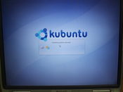 Kubuntu went through its paces more cleanly; here it is in the early phases of loading the Live CD.